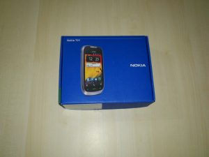 Nokia-701 (1)