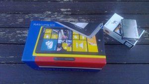 Nokia_lumia_920-kutu