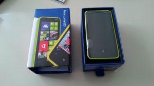 Lumia_620_kutu_icerik