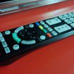 Panasonic TX-L47DT50 Kumanda Kenarı