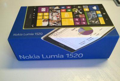 Nokia_Lumia_1520 (2)