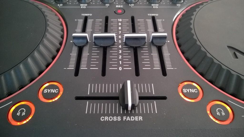 Philips_M1X-DJ (8)