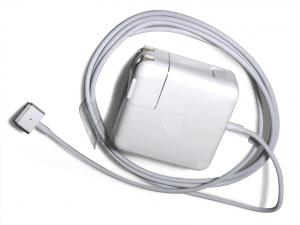 Macbook_air_charge_adaptor
