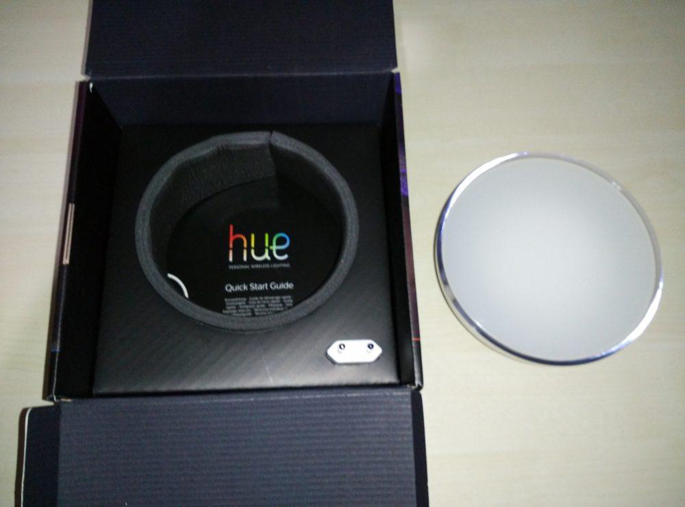 Philips_Hue_Go_kutu_icerik