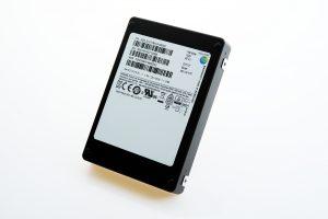 Samsung_15.36TB_SSD_02